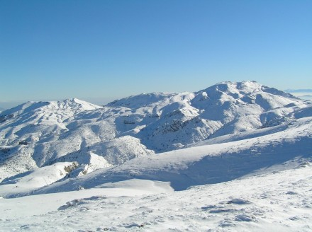Όθρυς - Χιονισμένες κορυφές Πήλιουρας & Σημείο(Γερακοβούνι)